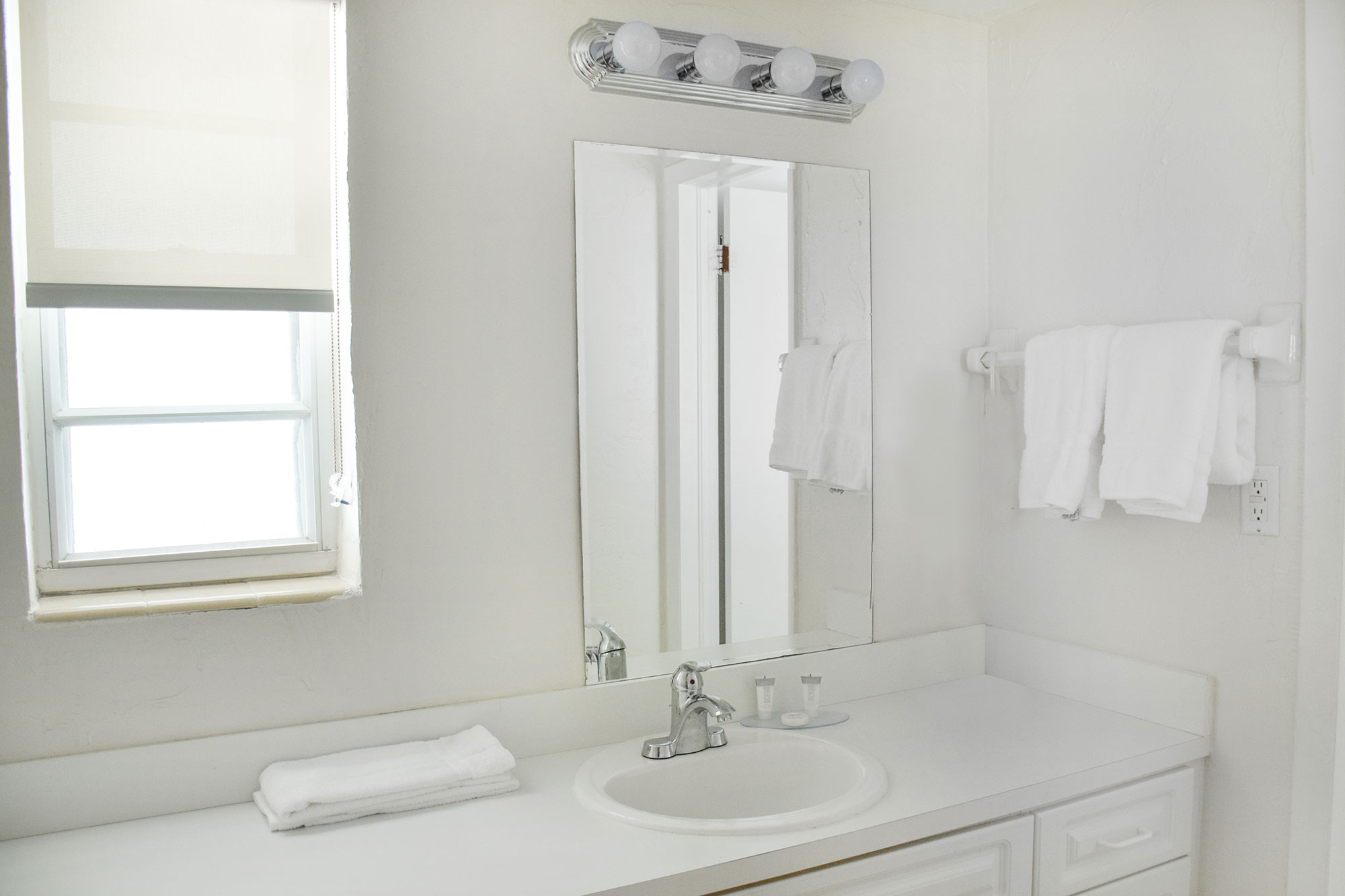 Bathroom of one of the apartments at Coral Reef