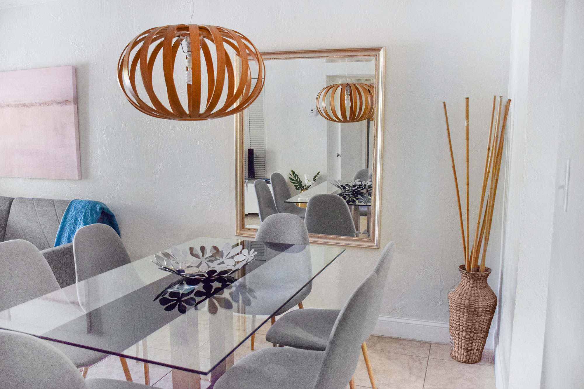 Dining Area at Coral Reef Apartments